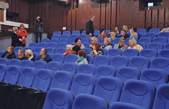 Kino Hron začína po mesiacoch zatvorenia opäť premietať
