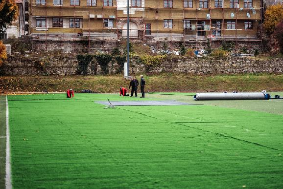 FK Pohronie s novou umelou trávou, ktorá bude spĺňať parametre FIFA