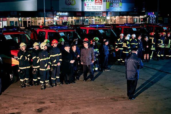 odovzadanie-aut-hasicom-2020.jpg