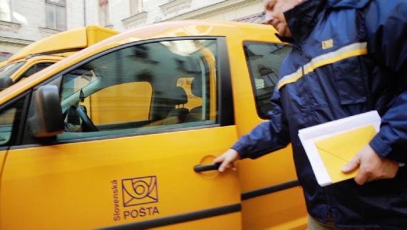 Slovenská pošta upraví doručovanie niektorých doporučených zásielok
