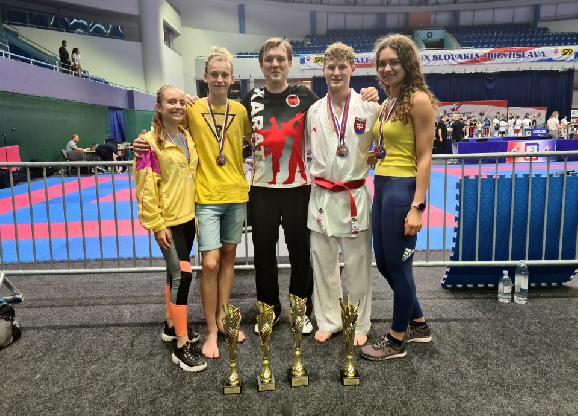 Veľká cena Slovenska v karate pre žiarskych karatistov úspešná