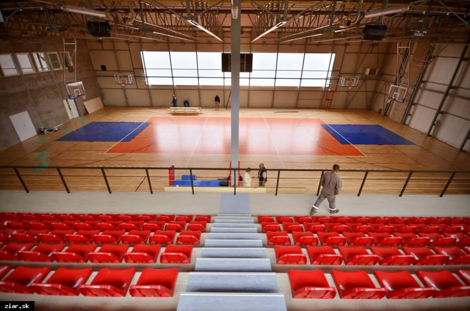 obr: Zo športovej haly je dnes reprezentatívny športový stánok