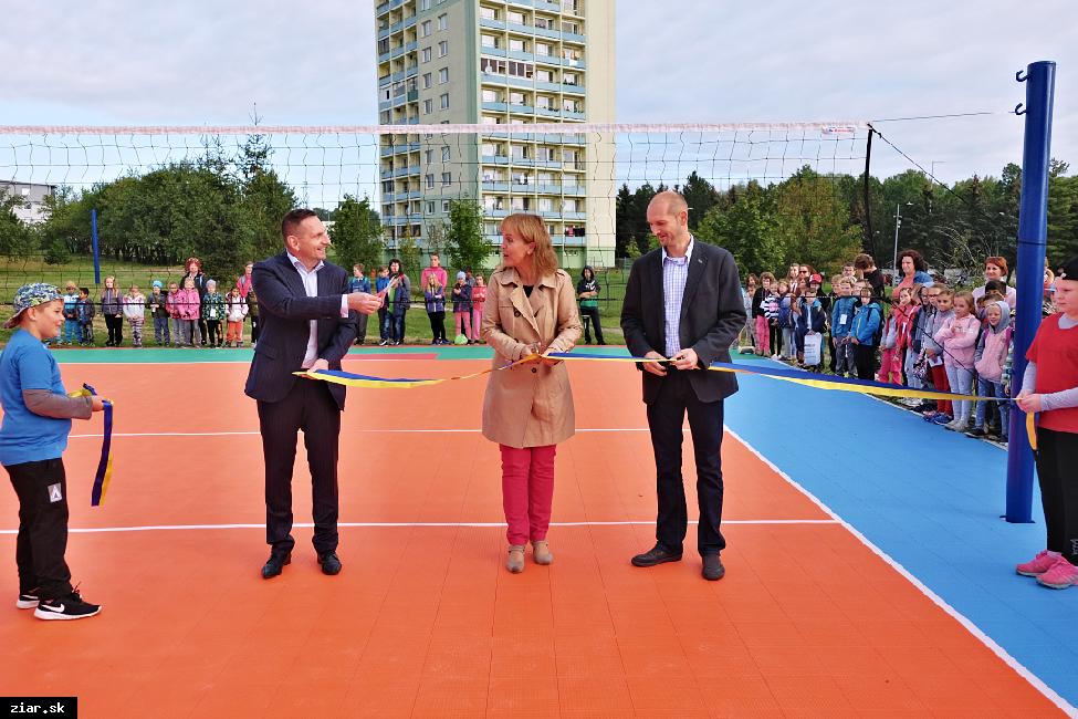 obr: Sprístupnili dve nové športoviská v areáli Štvorky
