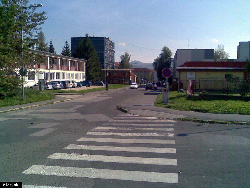 obr: Parkovacie miesta na Svitavskej ulici už zrušili