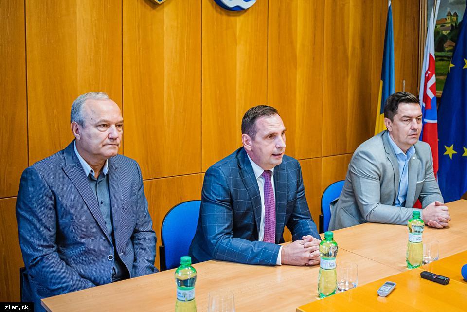 obr: Mesto ponúklo Svetu zdravia pozemok na výstavbu novej nemocnice
