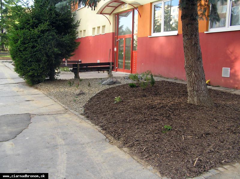 obr: Technické služby vám spravia záhradku na mieru