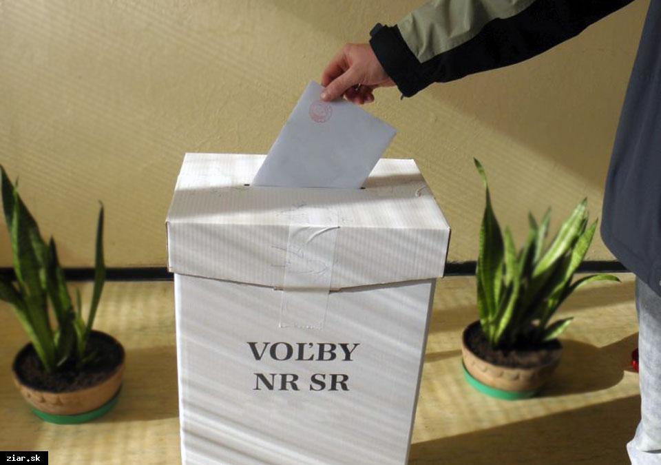 obr: O vydanie hlasovacieho preukazu môžete elektronicky požiadať už iba dnes