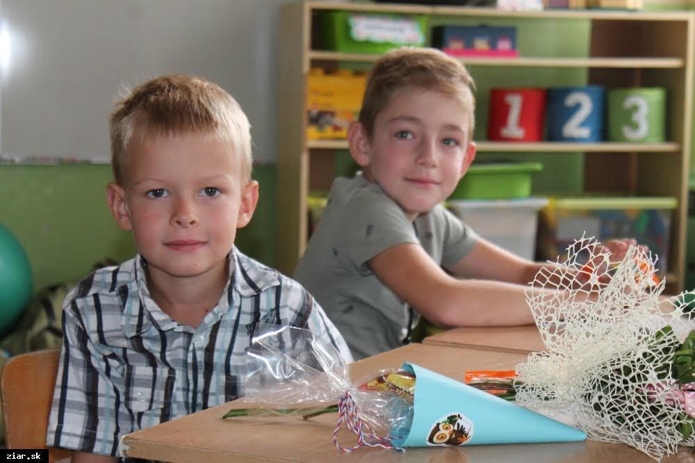 obr: Základné školy v našom meste s 1 765 žiakmi