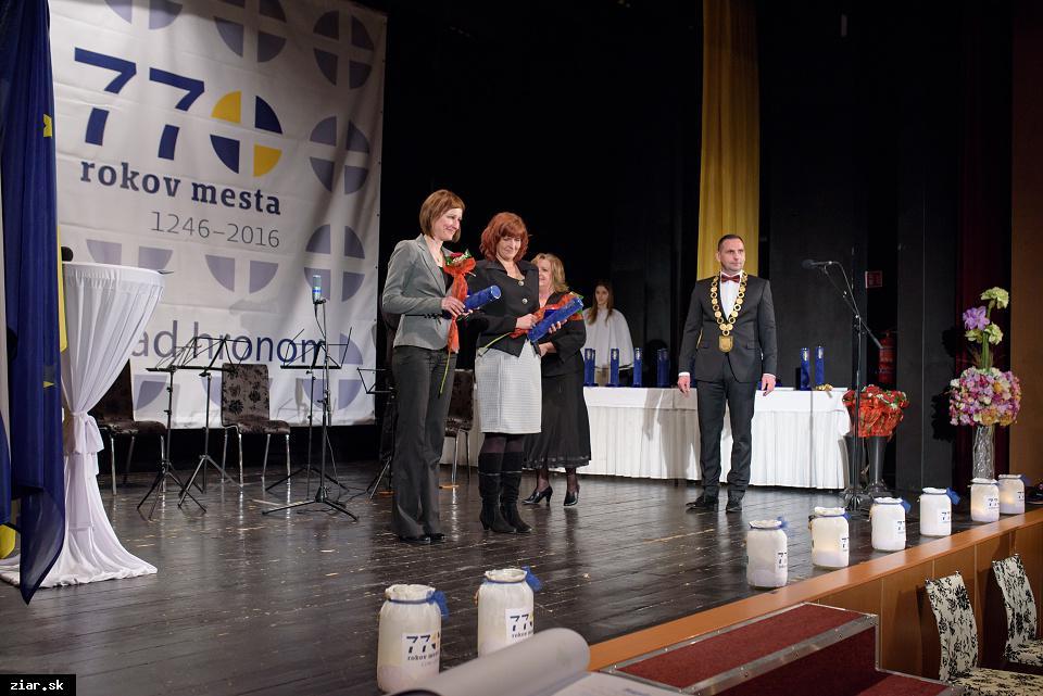 Mgr. Zuzana Kohútová a Mgr. Zuzana Denková - za mimoriadny prínos do obnovy kultúrneho dedičstva na území mesta Žiar nad Hronom