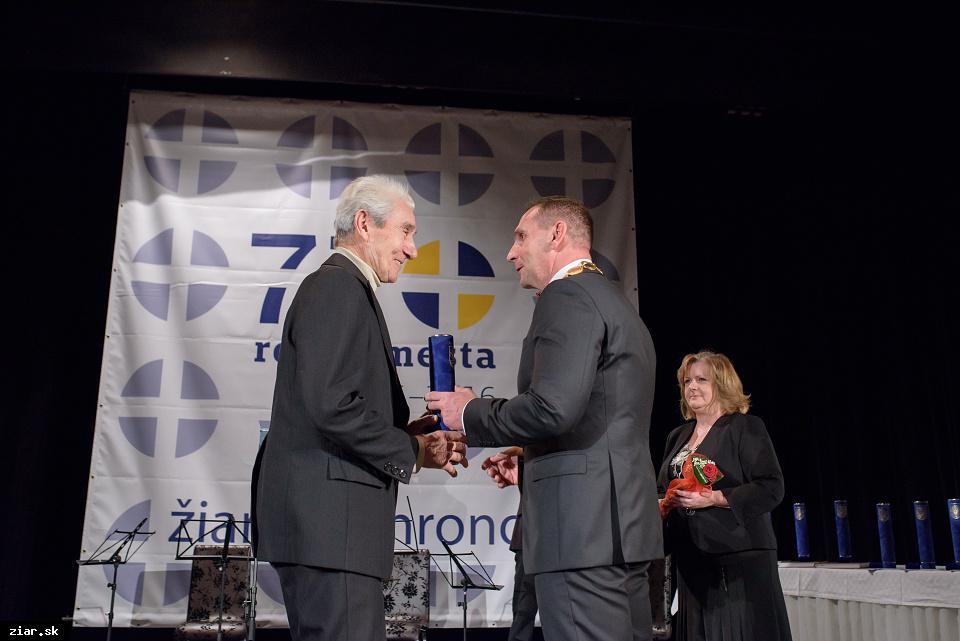 Ing. Miroslav Buček - za mimoriadny prínos pre rozvoj basketbalu v Žiari nad Hronom
