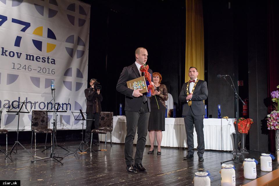 Ing. Rastislav Uhrovič - za dobrovoľnícku činnosť spojenú so záchranou a propagáciou zrúcanín Hradu Šašov