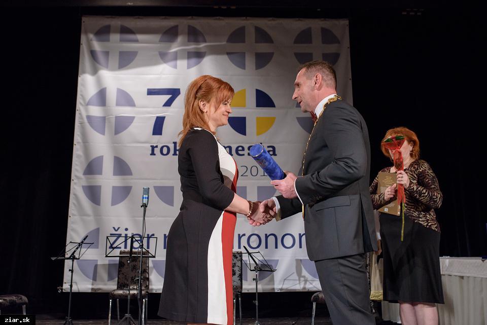 Ing. Stella Víťazková - za rozvoj tanečného športu v Žiari nad Hronom