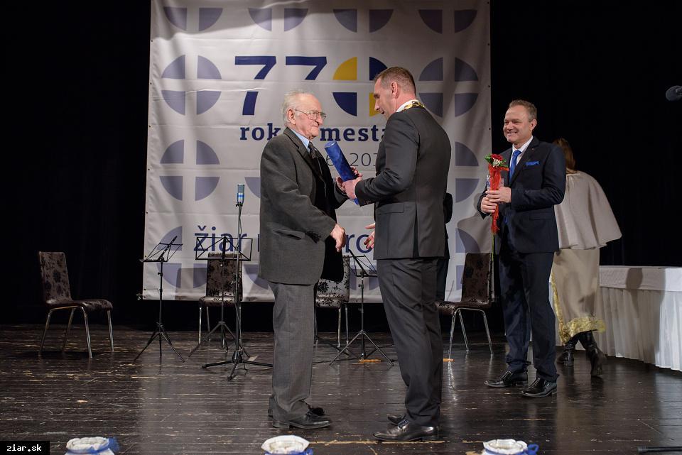 MUDr. Josef Řídký - za mimoriadny prínos pre rozvoj detského lekárstva v Žiari nad Hronom a na Slovensku
